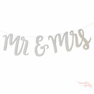 guirnalda de madera mr and mrs para bodas