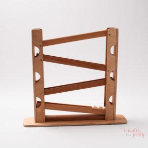 pista de madera para canicas · montessori