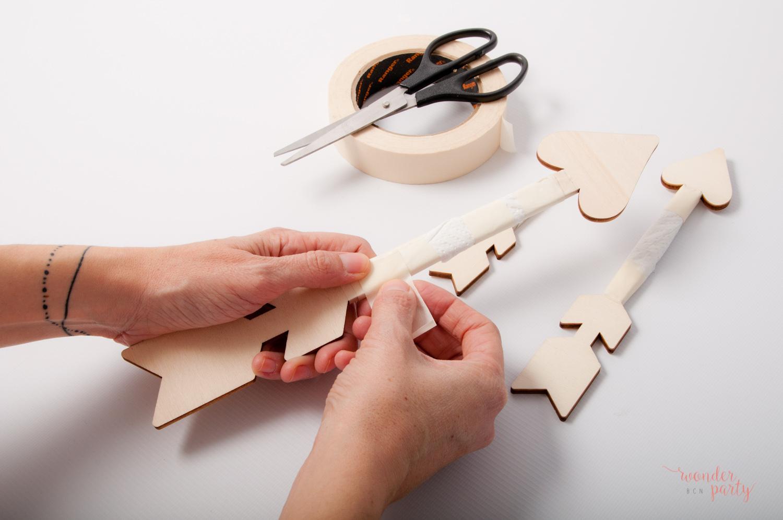 DIY flechas de madera un diy facil y sencillo para decoarar tus piesas demadera con chalck paint Wonder Party Barcelona decoracion de fiestas