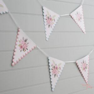 Guirnalda banderines flores rosa boho