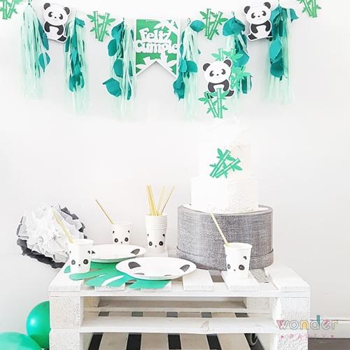 fiesta tematica oso panda,Topper para pastel Oso Panda y guirnalda