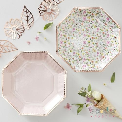 platos ditsy floral, liberty con oro rosa ginger ray Platos para comunión liberty wonder party barcelona