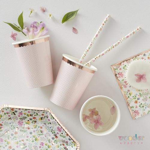 Vasos flower garden oro rosa. Ideales para decorar tus mesas de comunion y fiestas tematicas de flores liberty. Muy delicados y de ultima moda.